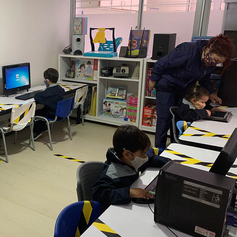 ambientes agradables seguros colegio